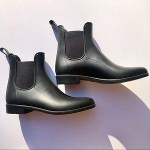 J Crew Chelsea Rain Boots Matte Black Size 7